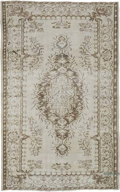 """Vintage Turkish Hand-knotted Area Rug - 5' 1"""" x 8' 2"""" (61 in. x 98 in.)"""