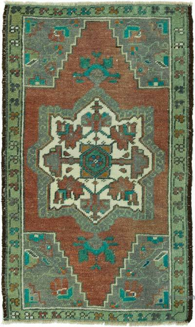 "Turkish Vintage Rug - 1' 8"" x 2' 9"" (20 in. x 33 in.)"