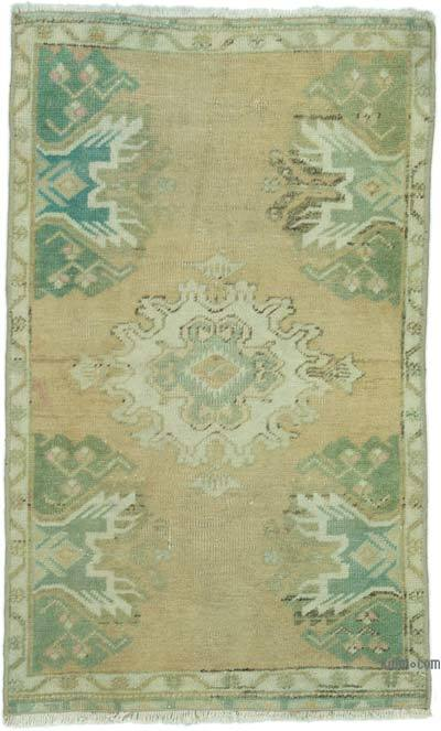 "Turkish Vintage Rug - 1' 8"" x 2' 8"" (20 in. x 32 in.)"