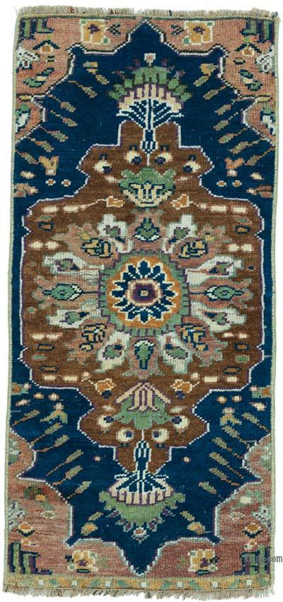 "Turkish Vintage Rug - 1' 5"" x 2' 11"" (17 in. x 35 in.)"