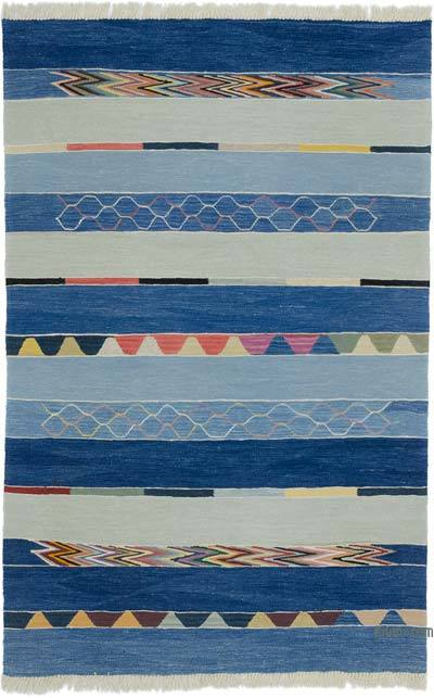 """New Handwoven Turkish Kilim Rug - 4' 1"""" x 6' 4"""" (49 in. x 76 in.)"""