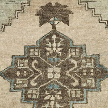 """Vintage Turkish Hand-Knotted Rug - 1' 3"""" x 2' 9"""" (15 in. x 33 in.) - K0054111"""