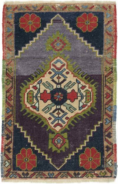 """Vintage Turkish Hand-Knotted Rug - 1' 7"""" x 2' 5"""" (19 in. x 29 in.)"""