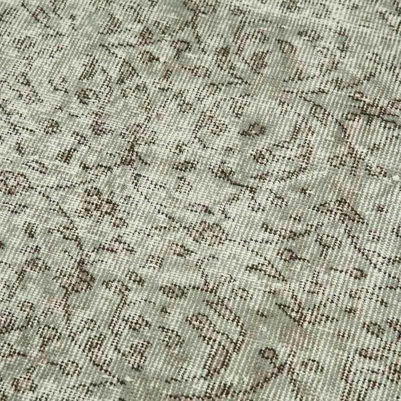 "Grey Over-dyed Turkish Vintage Runner Rug - 2' 8"" x 9' 11"" (32 in. x 119 in.) - K0054524"