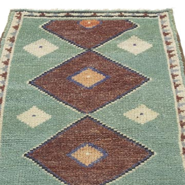 """Vintage Turkish Hand-Knotted Rug - 1' 8"""" x 3' 1"""" (20 in. x 37 in.) - K0054626"""