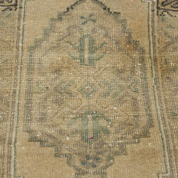 """Vintage Turkish Hand-Knotted Rug - 1' 8"""" x 2' 10"""" (20 in. x 34 in.) - K0054786"""