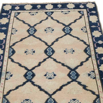 """Vintage Turkish Hand-Knotted Rug - 2' 6"""" x 3' 5"""" (30 in. x 41 in.) - K0056851"""